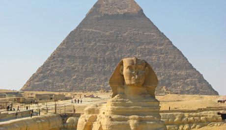 FOTO: Khafreova pyramida se sfingou