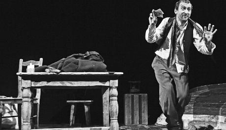 FOTO: Něžná je noc, monodrama dle Dostojevského předlohy
