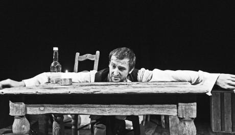 FOTO: Martin Hofmann jako opilec Marmeladov