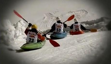 FOTO: Snow Kayaking