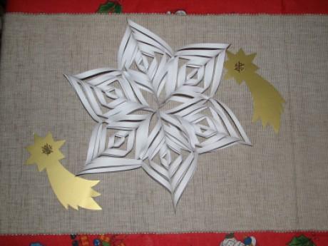 OBR: Hvezda z papiru