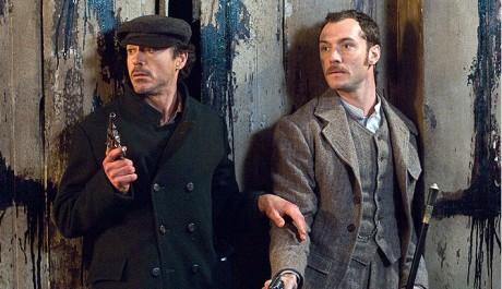 FOTO: Sherlock Holmes a jeho pravá ruka, dr. Watson (vpravo)