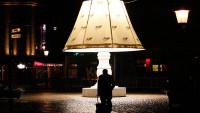 FOTO:Obří lampa