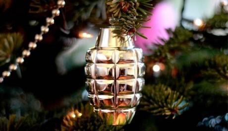 FOTO: Vánoční ozdoba ruční granát