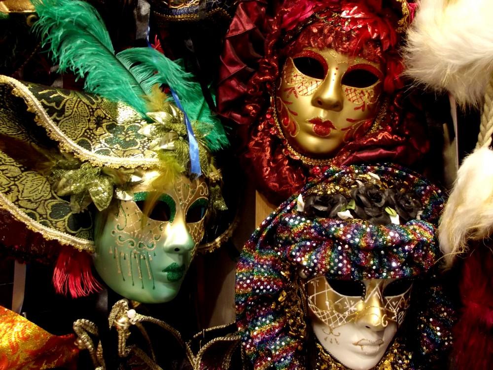 FOTO: Divadelní masky