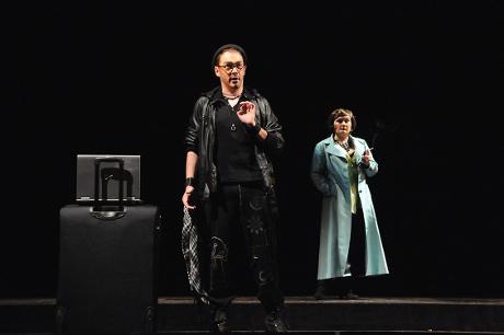 FOTO: Josef Škarka a Ivana Šaková v Mozartově opeře Don Giovanni (DJKT, 2012)