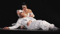 FOTO: Raymonda a Abdérachman z Glazunovova baletu Raymonda (DJKT, 2011)