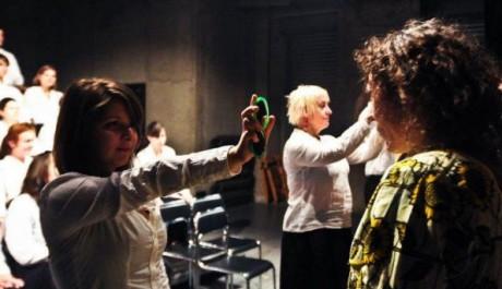 FOTO: Projekt Zrcadlo, umělecké sdružení Depresivní děti touží po penězích