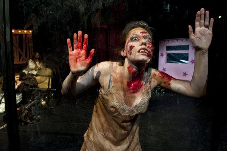 FOTO: D. Drábek, Noc oživlých mrtvol, Klicperovo divadlo v HK
