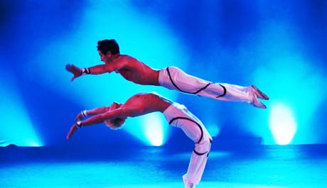 FOTO: Festival Cirkus Cirkus. Peres Přízemní akrobacie