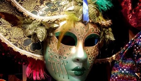 FOTO: Maska