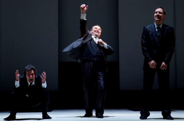 Foto: Enron ve Stavovském divadle
