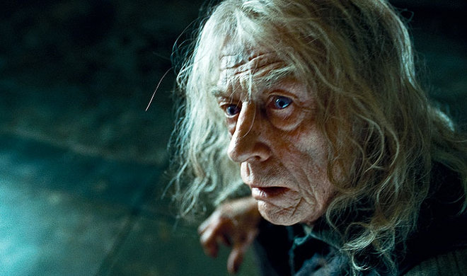 FOTO: John Hurt ve filmu Harry Potter a relikvie smrti