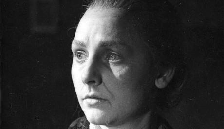 FOTO: Čapkova Matka postupně ve válce ztratí nejprve manžela, potom i syny.
