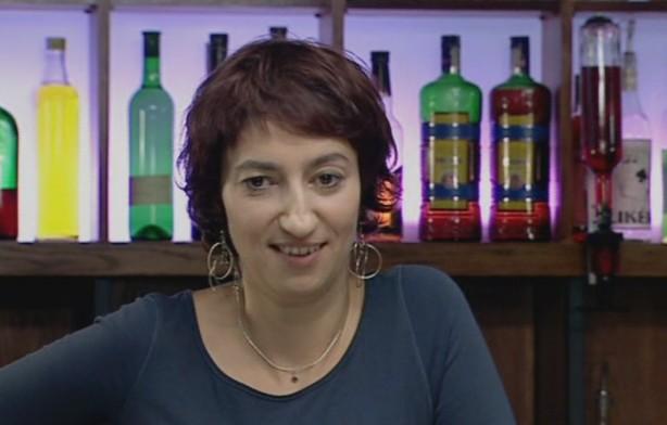 Babčáková jako výčepní Simonka, Zdroj: distruibutor filmu