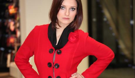 FOTO: Červený kabát