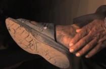 FOTO: Noha nejsmrardlavějšího Inda
