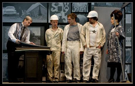 FOTO: Světáci (Malované děti), Klicperovo divadlo