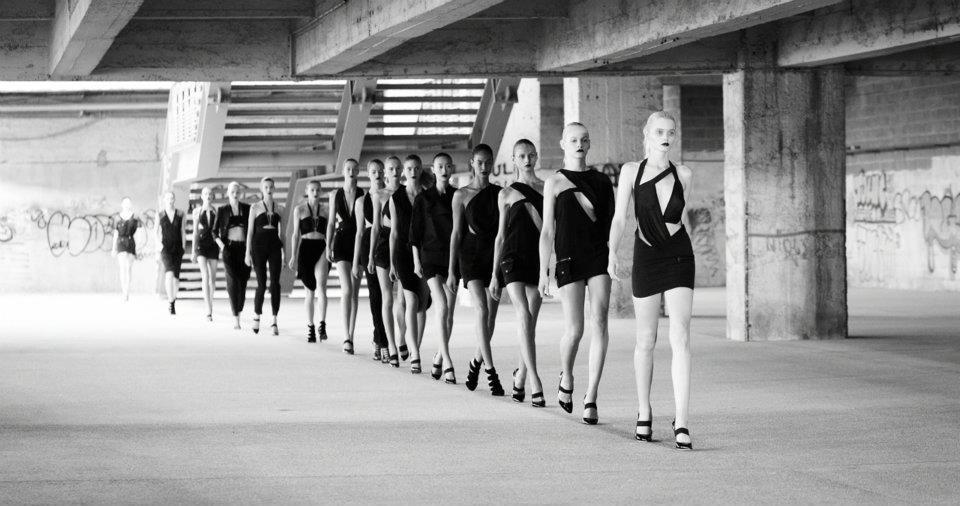 FOTO: Anthony Vaccarello SS 2012