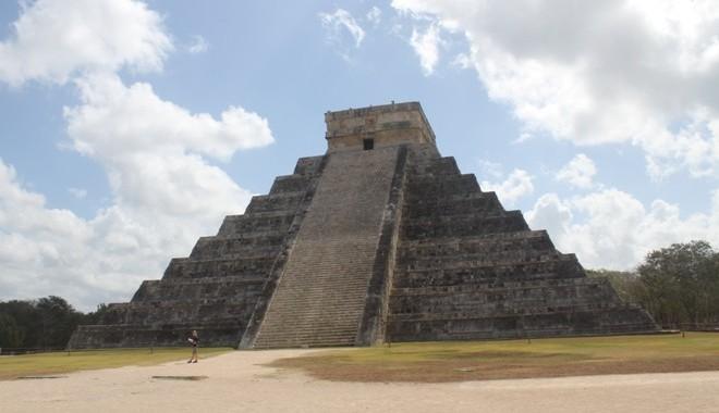 FOTO: Mexiko, pyramidy, Chichen Itza