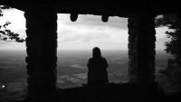 FOTO: Osamělá žena