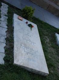 FOTO: Gruzínský hrob s dárky pro zesnulé