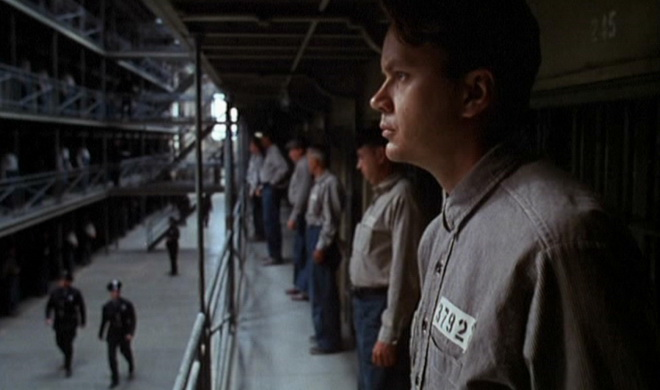 chyby ve filmu vykoupen237 z věznice shawshank nalepte si