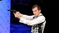 FOTO: Jozef Hruškoci v roli Nicka Cartera v muzikálu Adéla ještě nevečeřela (DJKT, 2012)
