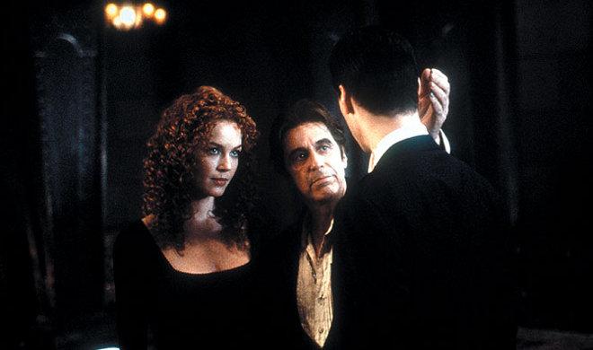 FOTO: Connie Nielsen, Al Pacino a Keanu Reeves ve filmu Ďáblův advokát