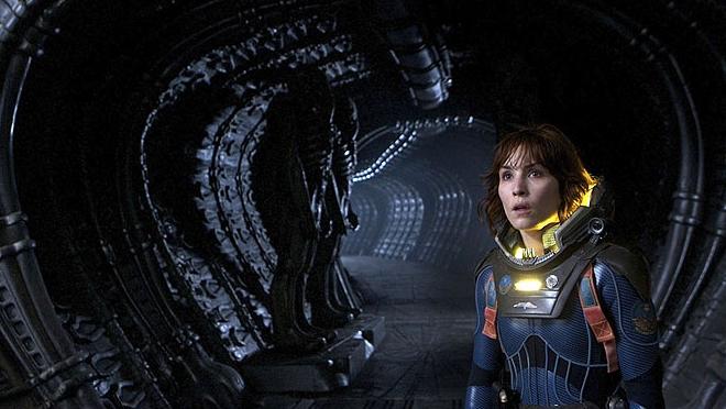 FOTO: Noomi Rapace ve filmu Prometheus