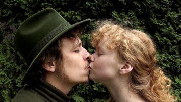 FOTO: Anyna a Ludva ve filmu Cesta do lesa