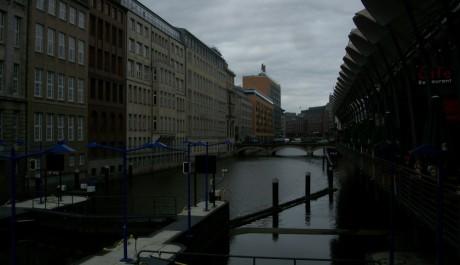 FOTO: Hamburg je město na vodě. Zdroj: Archiv Monika Bukáčkové