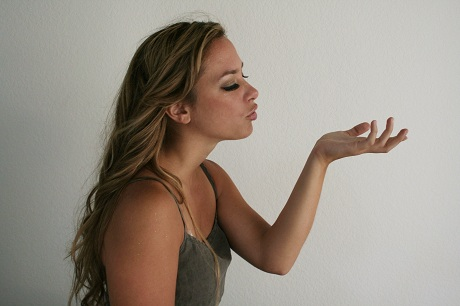 FOTO: Dívka s dlouhými vlasy