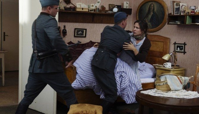 FOTO: Veronika Kubařová ve filmu Lidice