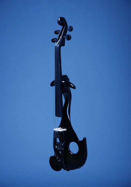 OBR: Originální housle Ľudovíta Bari.