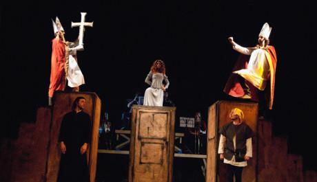 FOTO: Divadlo Aqualung se svým Mistrem Husem bude ve Světcích