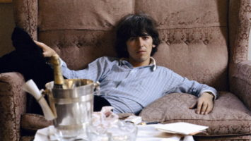 FOTO: George Harrison: Living in the Material World