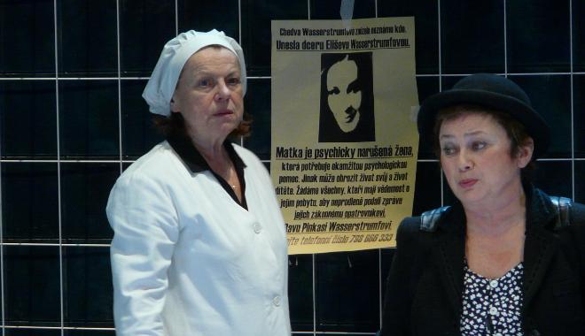 FOTO: Iva Janžurová a Jana Boušková ve hře Národního divadla Mikve
