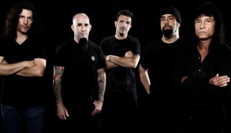 Náhradu za odcházejícího Roba Caggiana zatím Anthrax nemají  Zdroj: LMB promotion