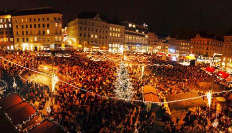 FOTO: Vánoční trhy na náměstí Svobody