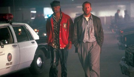 Bruce Willis bude v pátek večer řešit případ korupce. Zdroj: Warner