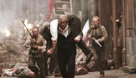FOTO: Gérard Depardieu ve filmu Bídníci