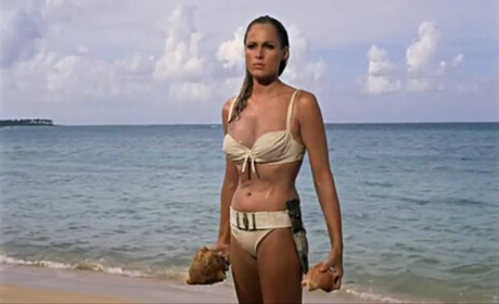 FOTO: Honey Ryder (Ursula Andress)