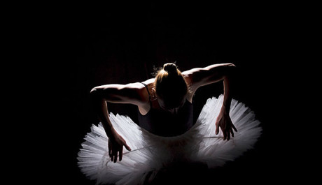 Tanec magnetické balerínky