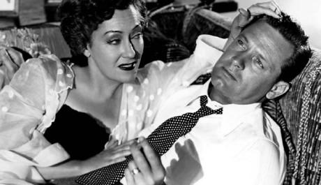 Norma Desmond se svým scénáristou Joem. Zdroj: AČFK