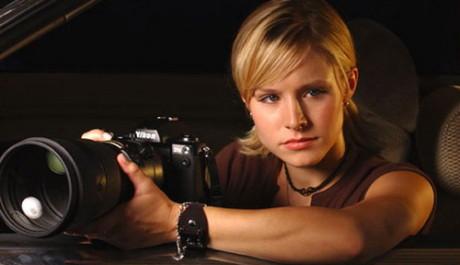 Kristen Bellová v roli nebojácné Veronici Mars. Zdroj: Warner Bros
