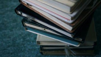 FOTO: Knihy - ilustrační
