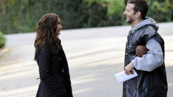 FOTO: Terapie laskou (Jennifer Lawrence a Bradley Cooper)