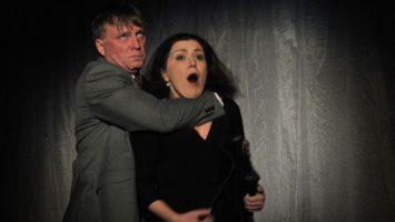 FOTO: Válku Roseových připravilo Divadlo A. Dvořáka v Příbrami