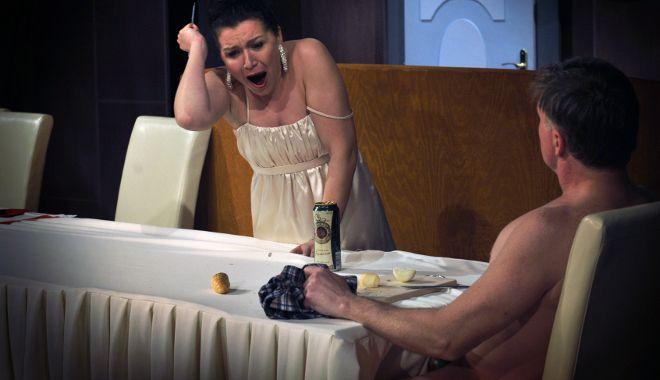 FOTO: Divadlo A. Dvořáka v Příbrami připravilo inscenaci Válka Roseových